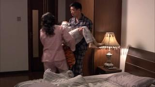 爸妈是真爱,小孩是意外!红旗和兰贵成合伙把小成忽悠回自己房间