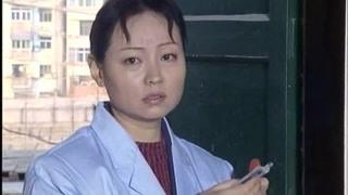 《大哥》陈文海给了春芳一双手套