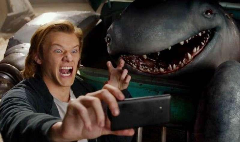 《怪兽卡车》最新中文预告片 可爱怪兽变卡车