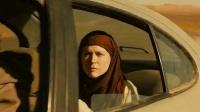 蜜月在逃沙漠交锋《交叉点》国际版预告片