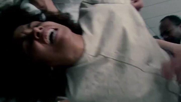 弗兰基与爱丽丝 预告片