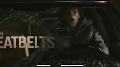 僵尸之地 片段之开车逃难注意后视镜
