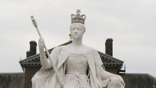 维多利亚女王在母亲的严格管控下成长,养成了叛逆的性格