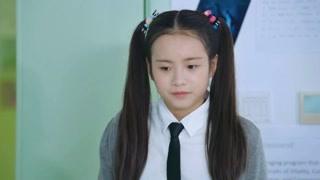 《同学两亿岁》李庚希穿什么都美,不愧是天下第一美女