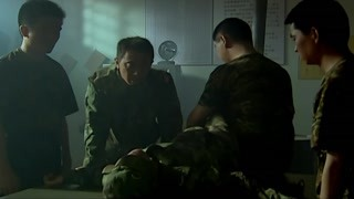 王宝强宁愿被整也要留在班里!部队调动多么好的机会放弃了!
