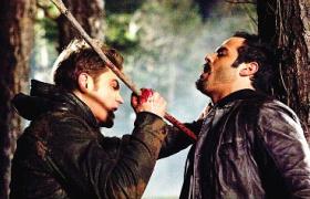 吸血鬼日记:猎人暴力杀戮吸血鬼身首异处