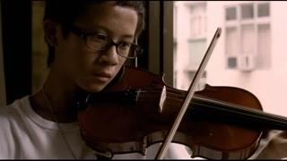 吴镇宇跟儿子做朋友 儿子在音乐很有天赋