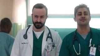 《住院医生》普拉韦什遭夸奖 妮可康拉德和好
