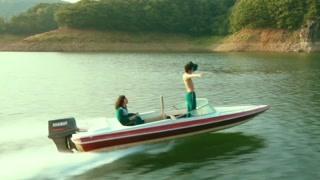 李秀明和柳承民通过游艇逃离了精神病院 柳承民这次的逃离成功了