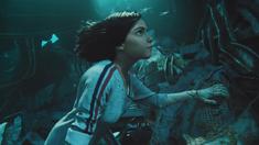 阿丽塔:战斗天使 水下寻机甲片段