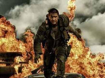 《疯狂的麦克斯4狂暴之路》预告片:暴走激战火力全开