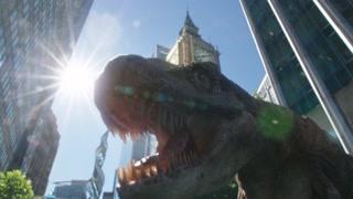 《明日传奇》传奇队员意外导致时空错乱大街上出现恐龙惊悚