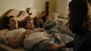 《我们这一天》杰克高烧昏睡醒来 第一件事竟是要赶走母亲