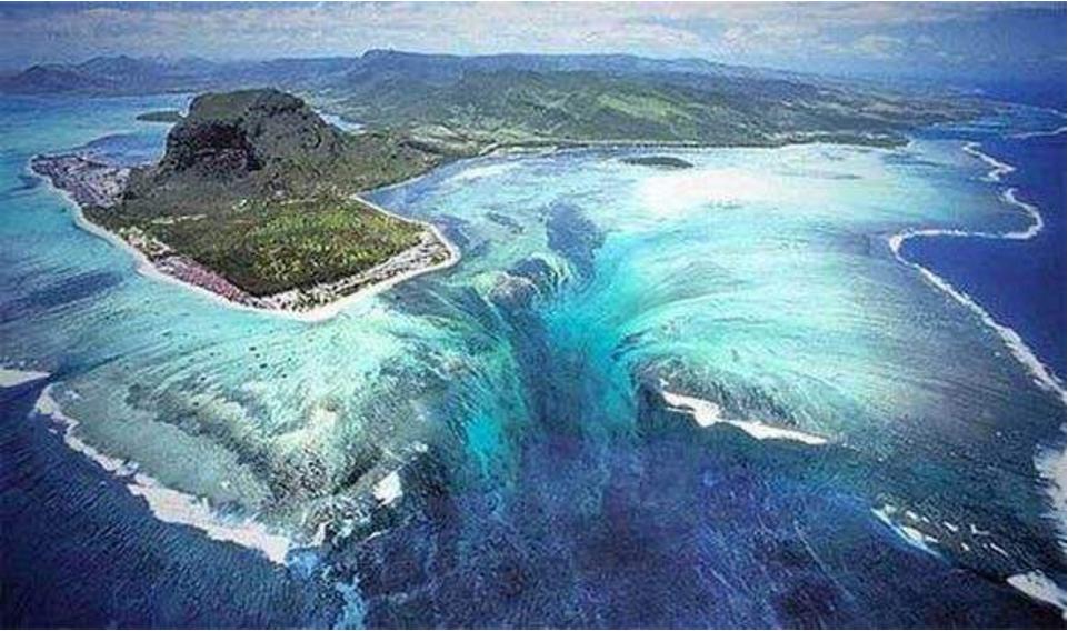 你知道海底也会有瀑布吗?一天倾斜50亿海水,坐直升机才能看!
