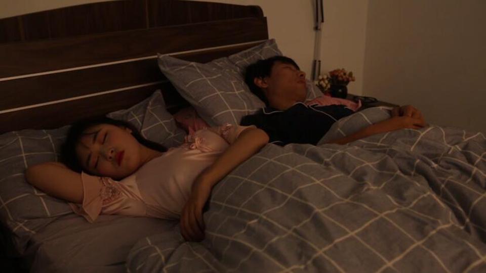 女子晚上失眠数羊变数前男友 说梦话暴露本质险送命