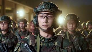 梁牧泽为部队拍宣传片