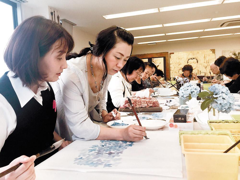 为什么中国有这么多日本人来居住?最后他们讲出了理由