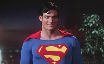 78版《超人》中文预告 英雄诞生开启守护正义之路