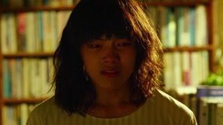 李秀明因为目睹的母亲的死亡 怀有内疚心理而患上精神分裂症