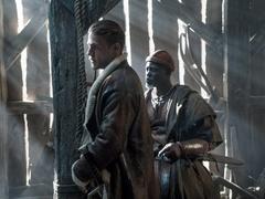 《亚瑟王:斗兽争霸》终极预告 查理-汉纳姆亲自推荐