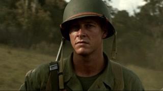 男主了解战争的恶果 对自己的使命充满信心