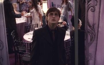 《哈利·波特与死亡圣器(上)》片段2