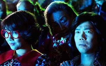 《王牌情敌》恐怖版预告 电影院上演惊魂吓破胆