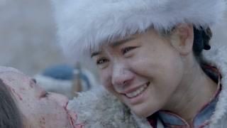 《雪地娘子军》哭完丈夫哭婆婆  一天到晚都经历些什么