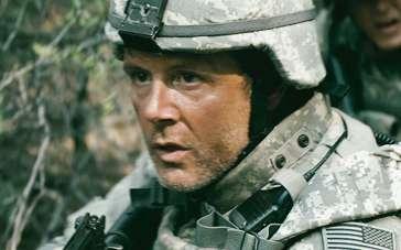 《使命召唤》国际版预告片 战地真实事件搬上银幕