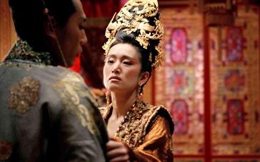 《满城尽带黄金甲》美版预告 皇室暗斗满城风雨