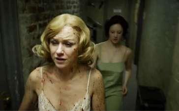 《鸟人》精彩片段 娜奥米舞台上险被强暴
