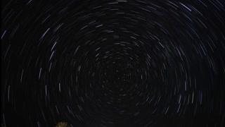 太阳系的秘密:在远离城市灯火的地方 天空在头顶旋转