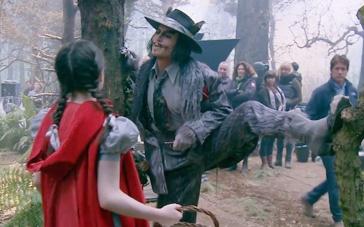 《魔法黑森林》幕后拍摄特辑 神奇密林魔力尽显