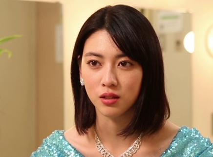 喜剧《与我跳舞》今日公映 宝藏女孩三吉彩花获导演彩虹夸