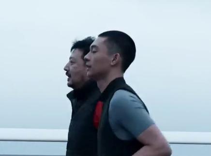 《了不起的老爸》正在热映 王砚辉张宥浩父子踏上追梦之路