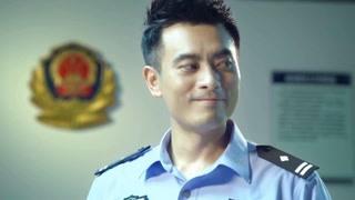 《追捕者》陈龙这笑容看的人心里暖暖的