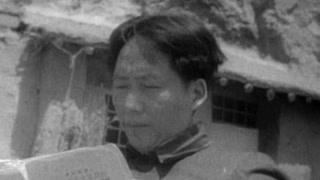 毛泽东对红军军服情有独钟 以身作则节俭朴素