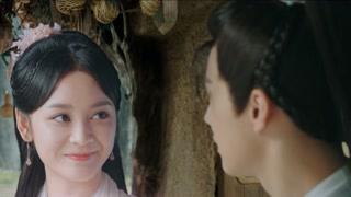 杨鉴和侄子侄女玩耍