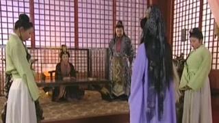 《有情鸳鸯无情剑》太后等人讨论练剑的事 还是因为元娟公主