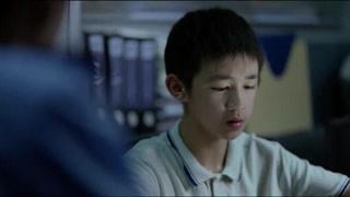 《隐秘的角落》朱朝阳接受警察叔叔的问话 他会坦白一切吗?