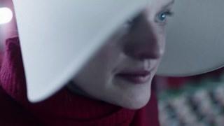 《使女的故事2》琼鼓励埃米莉不能放弃  终有一天她会再次见到自己的儿子