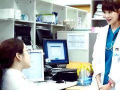 医学团队-10:郑丽媛被怀疑靠关系升职