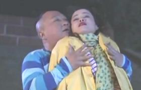 鲜花盛开的村庄-22:包金旺树林调戏良家熟女
