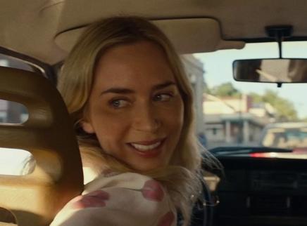 《寂静之地2》怪物侵袭 艾米莉·布朗特狂飙车