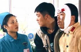 【嘿!真不是闹着玩的】第31集预告-小导演照顾受伤演员