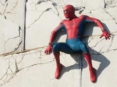 《蜘蛛侠:英雄归来》正片片段 蜘蛛侠面临生死一线