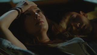 赵薇把犀牛角放在包里 宠溺并排和黄晓明睡觉
