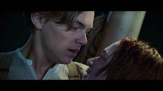 露丝与杰克眼里隐含着泪水