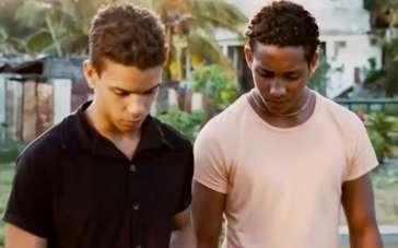《一夜》中文预告片 迷失青年偷渡美国逃离古巴