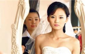 【泪洒女人花】第29集预告-馨子再婚选择迷茫
